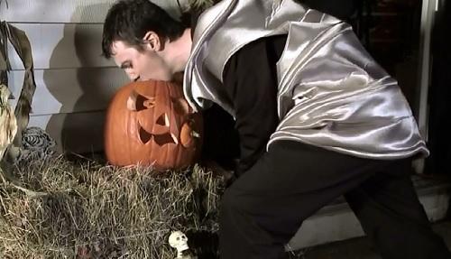 beg pumpkin puke