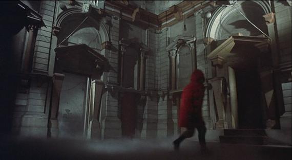 dont look now redcoat run