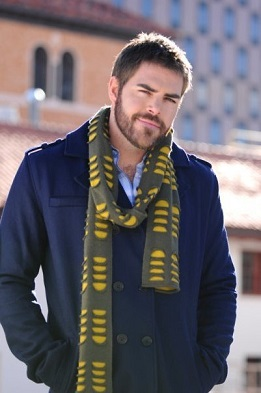 ross-kelly-with-scarf